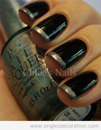 Manucure Française en noir et doré