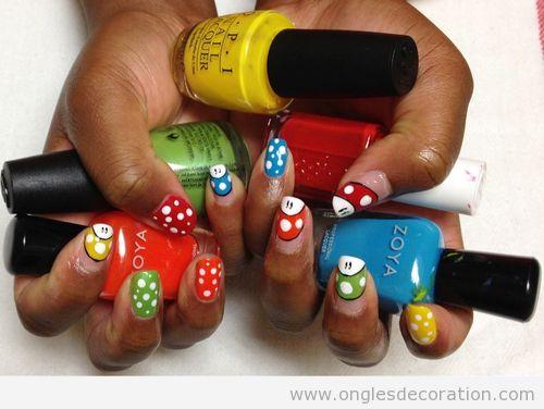 Dessin sur ongles, champignon Mario Bros