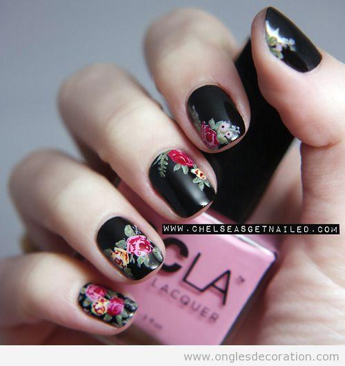 Dessin sur ongles, fleurs inspiré de Dr Marten Floral print