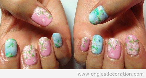Dessin sur ongles, cerisier en fleur japonais