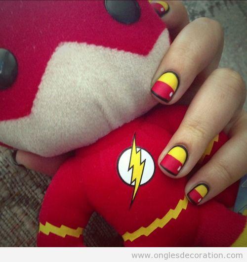 Déco sur ongles, flash le super héro