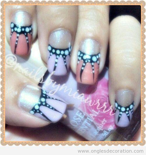 Déco sur ongles, papillon monarque dessin ongles