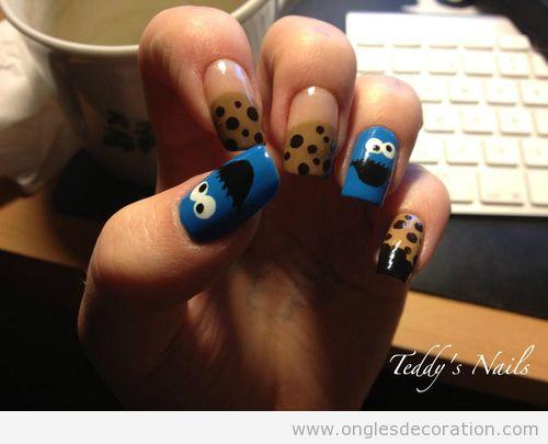 Monstre des biscuits sur ongles
