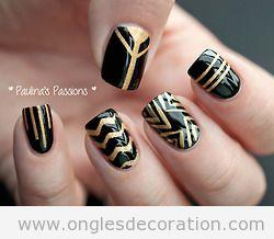 Dessin sur ongles en noir et doré