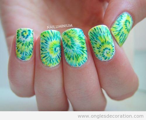 Tutoriel déco ongles en vert et jaune