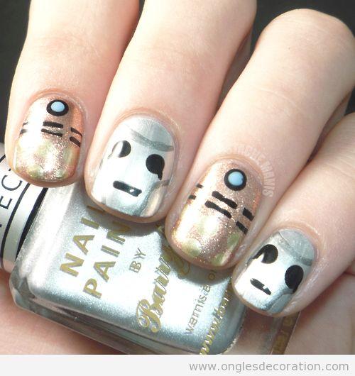 Déco sur ongles inspiré du Dr Who