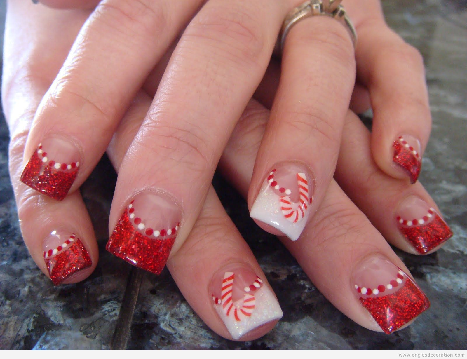 photo decoration ongles de noel