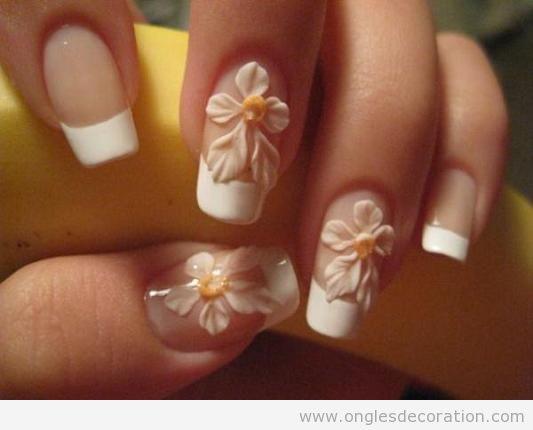 Déco ongles fleurs résine 3D 13